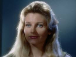 Jill Ireland as Leila Kalomi, softly lit