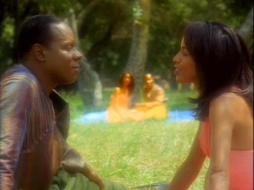 Sisko and Jennifer Sisko having a picnic