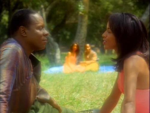 Sisko and Jennifer Sisko having a picnic