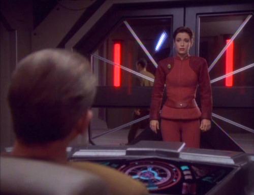 Kira talks to Odo in his office.