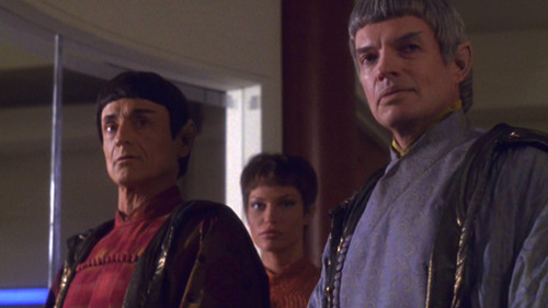 Soval, another Vulcan and T'Pol