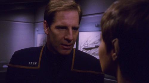 Archer talks to T'Pol