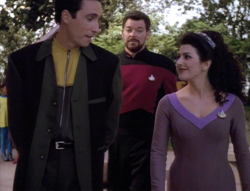 Aaron shows Troi and Riker his community