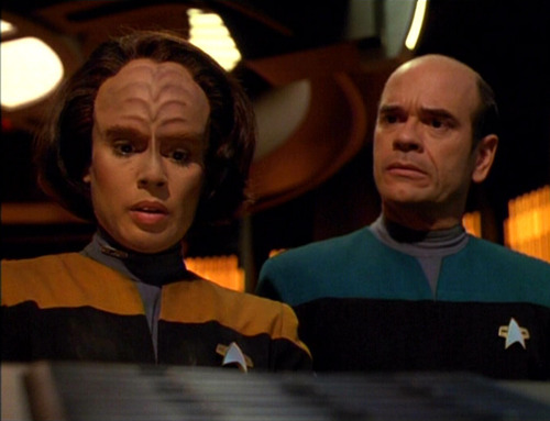 B'Elanna and the Doctor in Sickbay