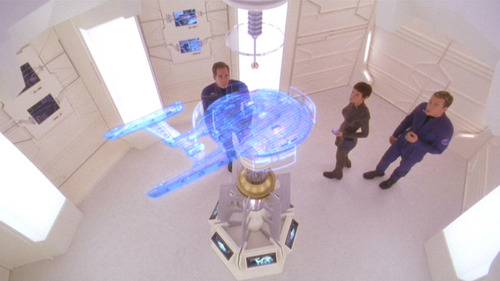 Archer, T'Pol and Trip looking at a diagnostic