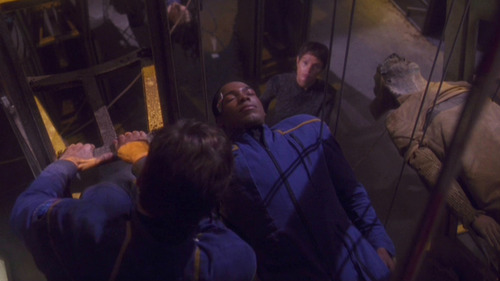 Archer and T'Pol rescue Mayweather