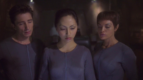Reed, Hoshi and T'Pol in their undersuits