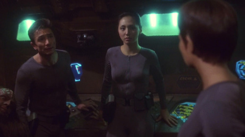 Reed, Hoshi and T'Pol talk