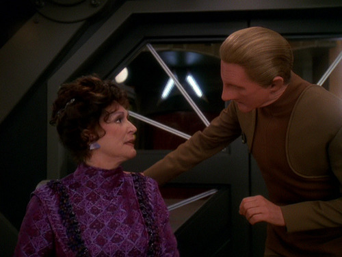 Lwaxana and Odo in his office