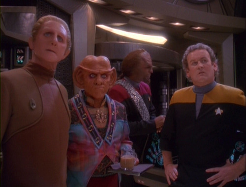 Odo, Quark and O'Brien stare at Kira and Dax