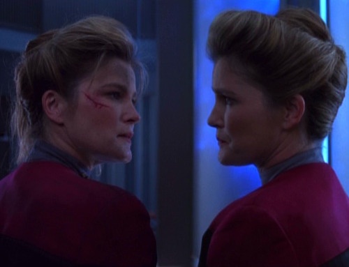 "Janeway faces herself in ""Deadlock"""
