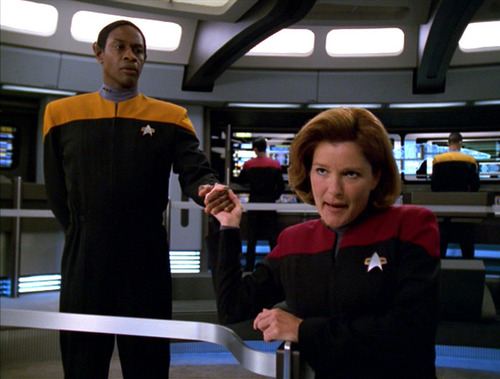 "Janeway and Tuvok negotiate with ""The Adultress"""