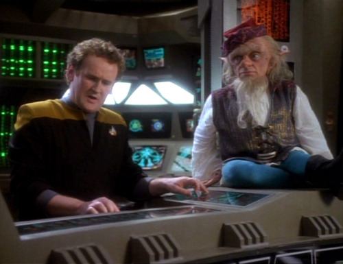 Rumplestiltskin sits on O'Brien's console in Ops