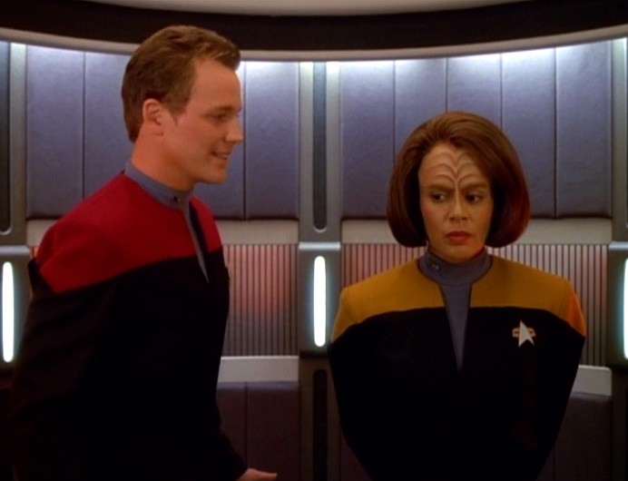 Tom and B'Elanna in the turbolift