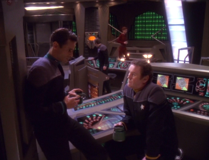 Bashir and O'Brien in Ops