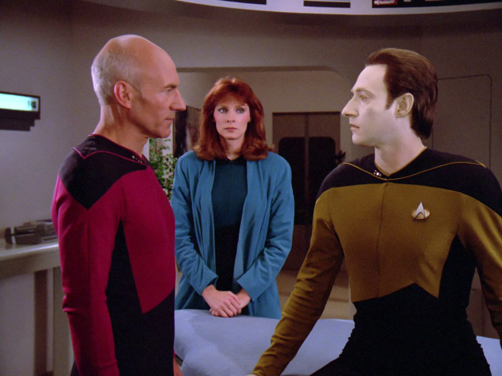 Picard, Crusher and Data in Sickbay