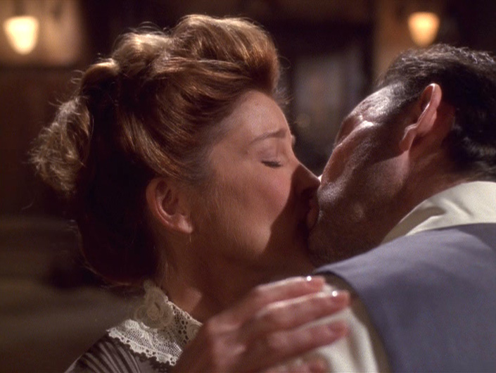 Janeway and Michael kiss
