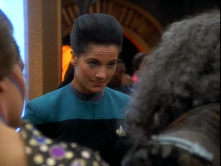 Jadzia looks very unimpressed