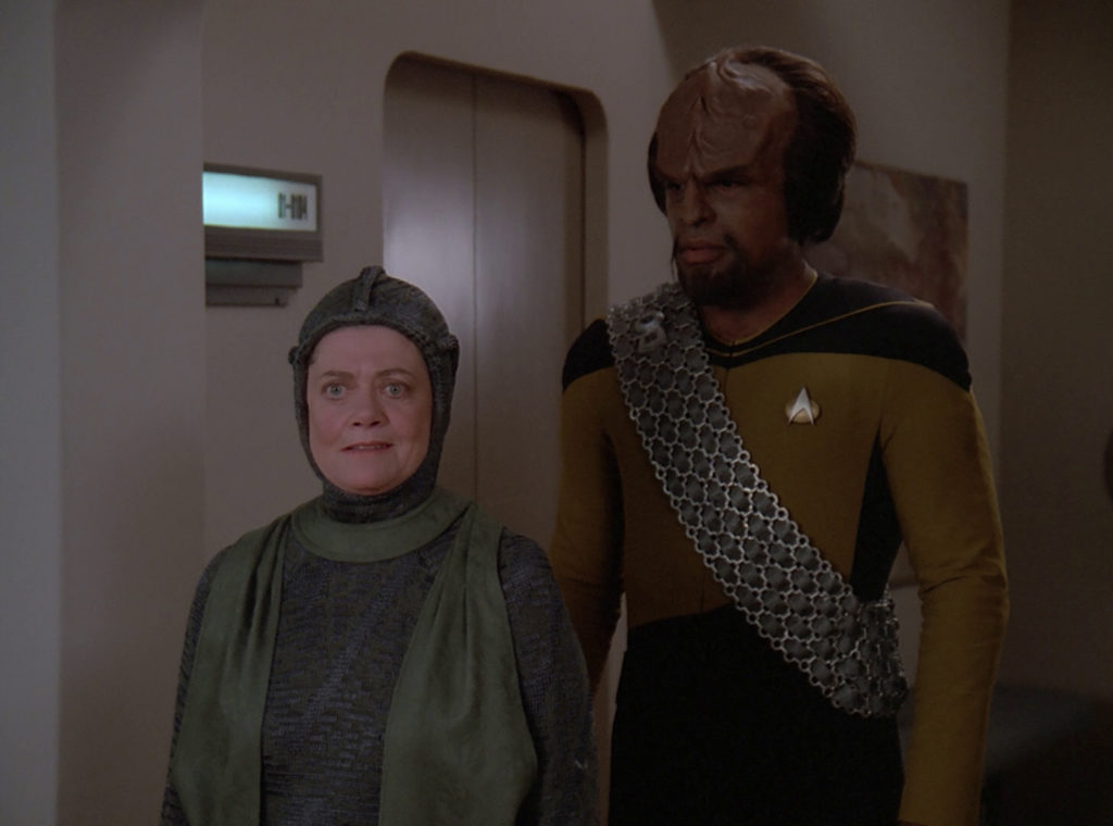 Anya and Worf in Sickbay
