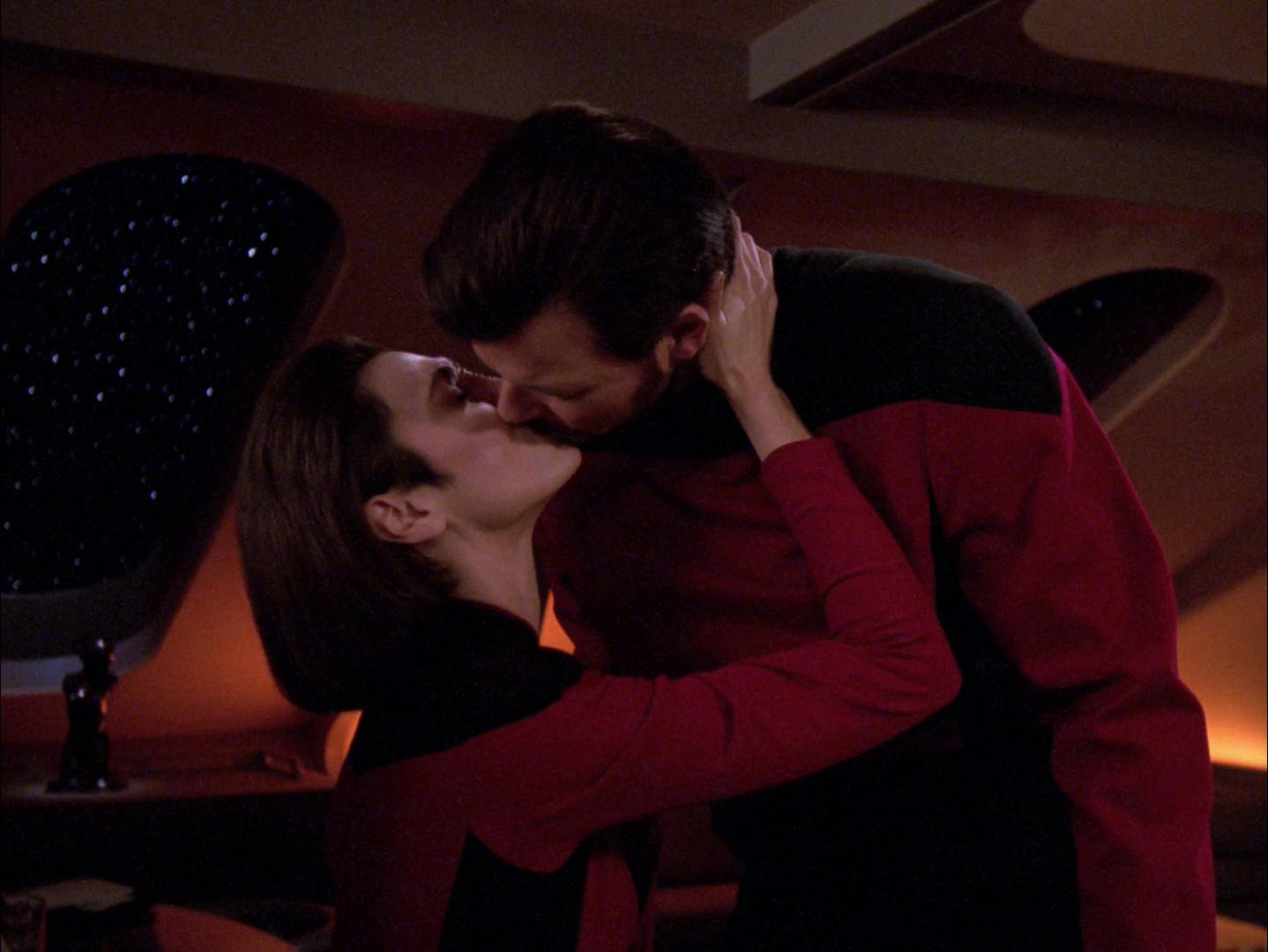 Ro and Riker kiss