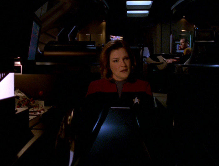 Janeway flying the ship