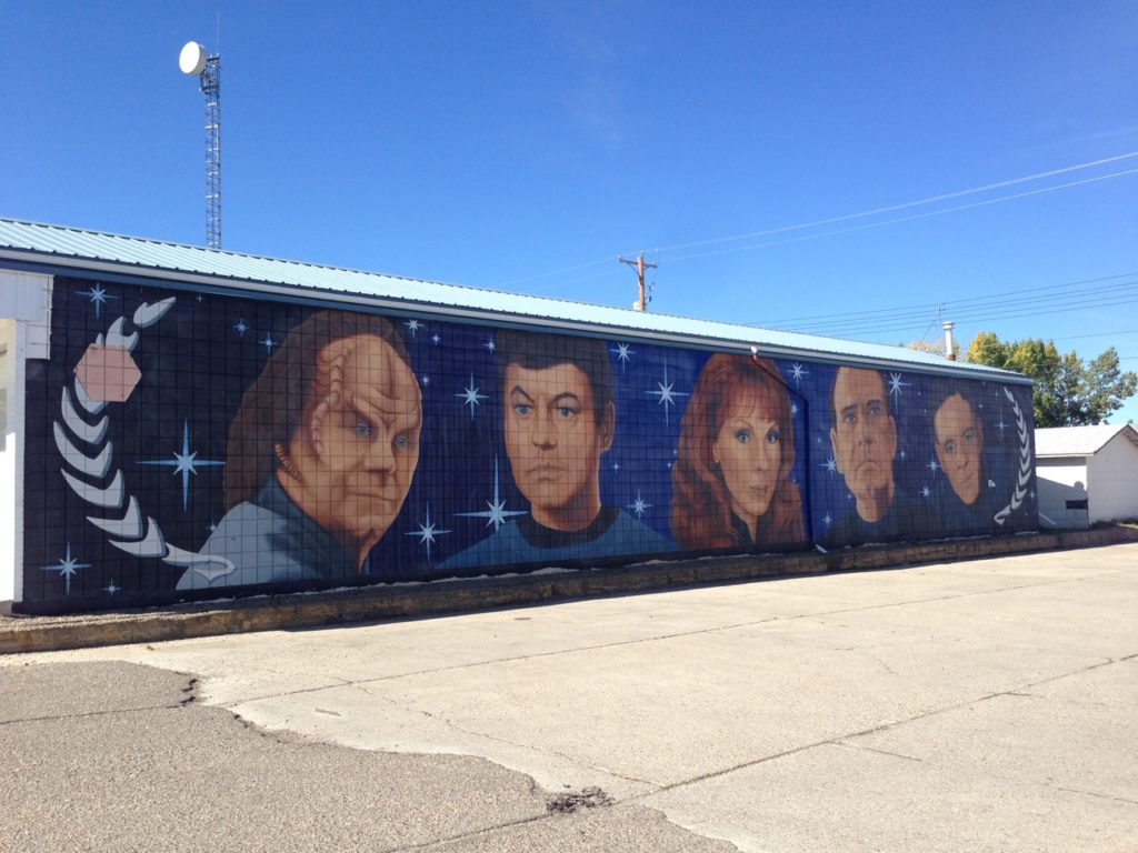 Mural of Drs Phlox, McCoy, Crusher, The Doctor, and Bashir