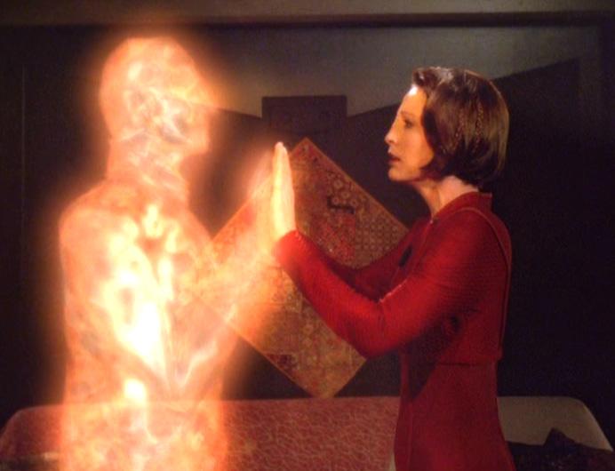 """Kira and Odo in light in """"Chimera"""""""