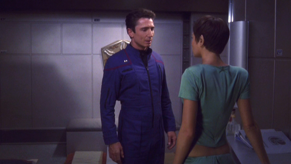 T'Pol backs away from Reed