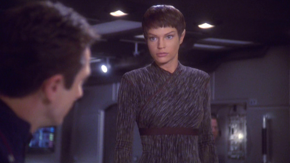 T'Pol on the bridge