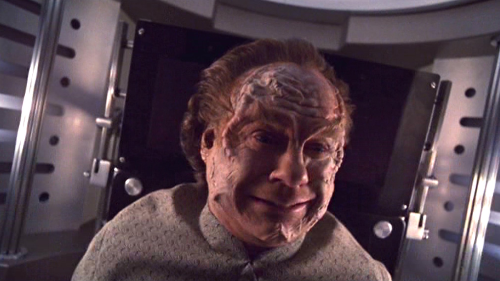 Phlox cringing in his treatment chamber