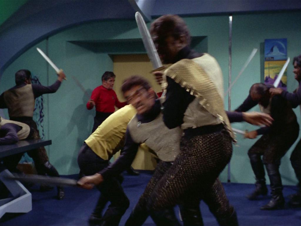 Klingon/Starfleet swordfight