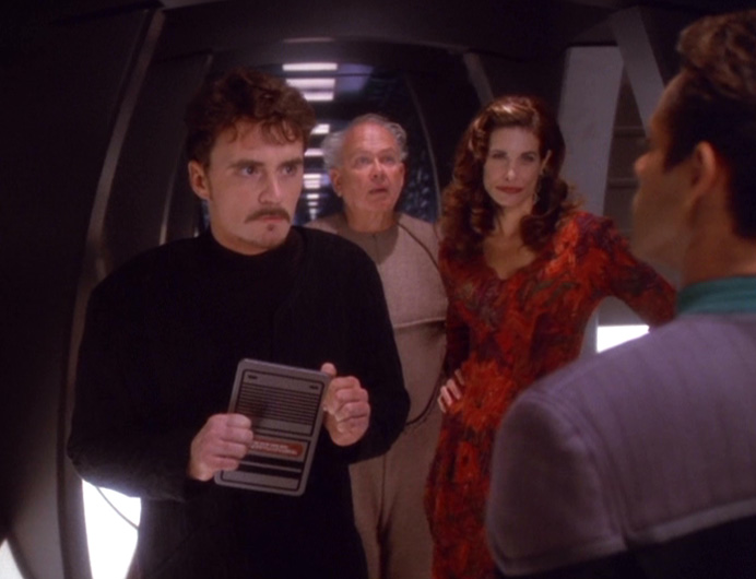 Jack, Patrick and Lauren talk to Bashir in the corridor