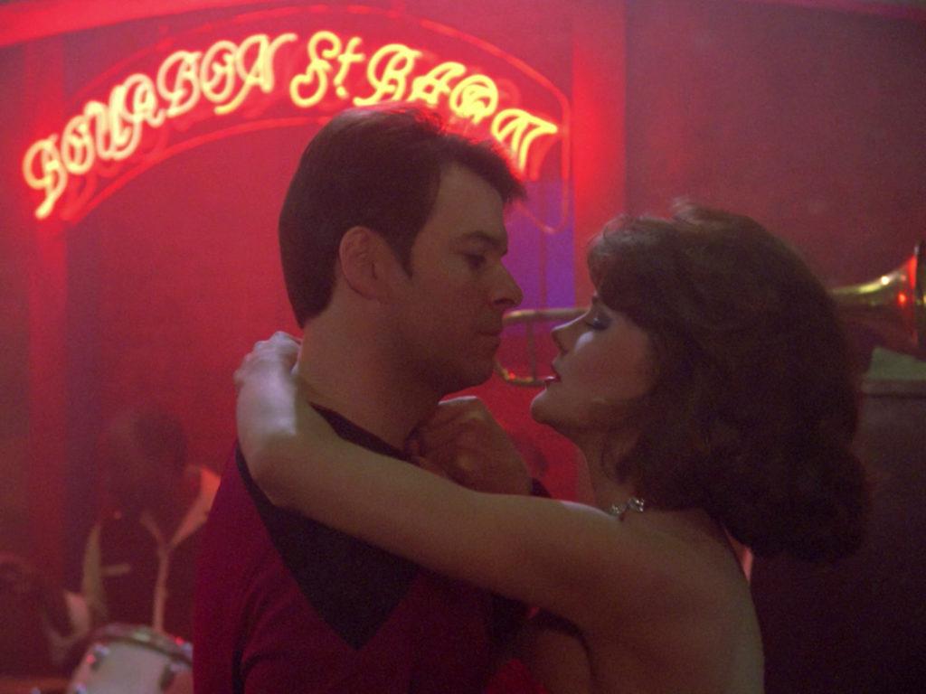 Riker dances with Minuet