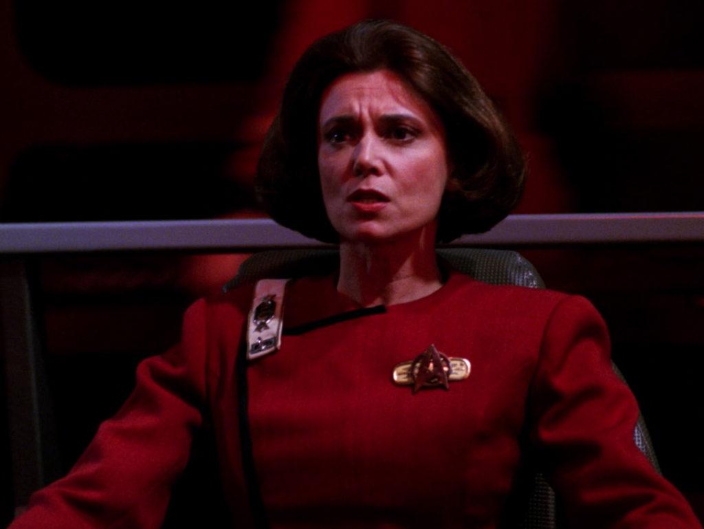 Rachel Garrett (Tricia O'Neil) in the Captain's chair