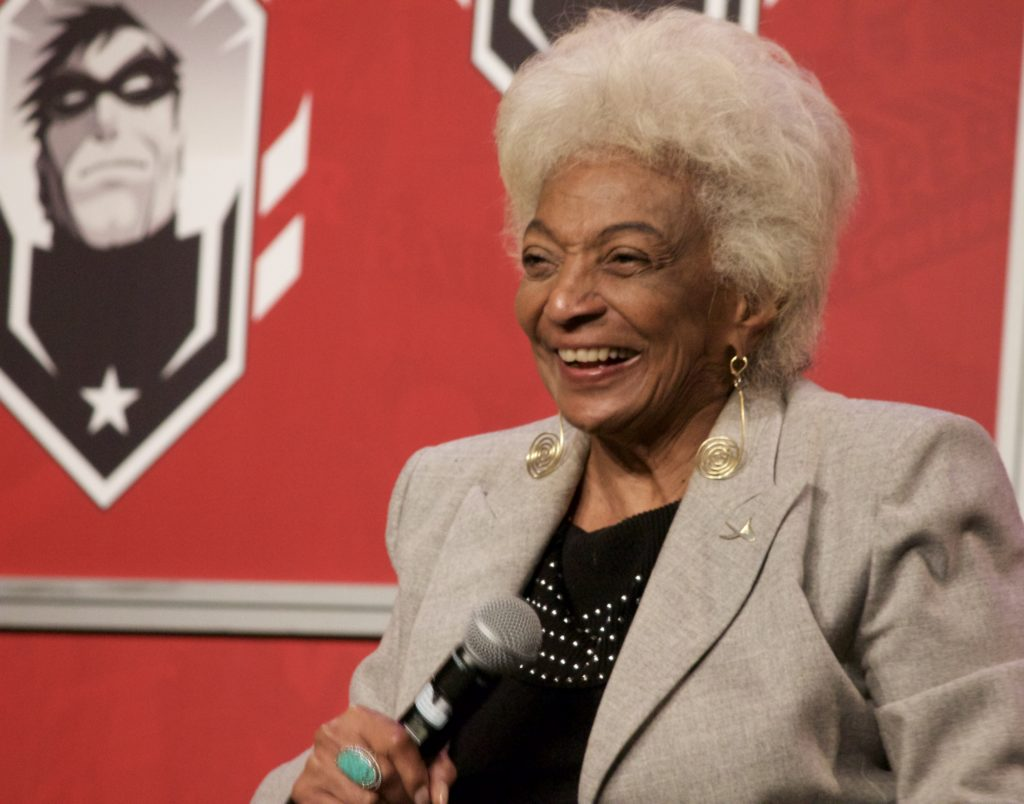 Nichelle Nichols smiling on stage at Montreal Comiccon 2016